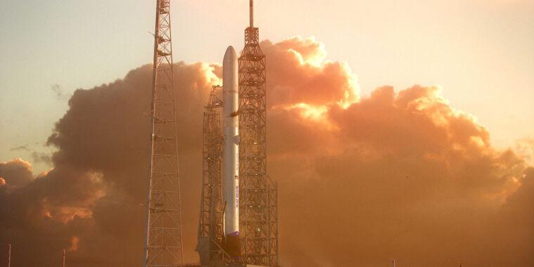 Rapporto Rocket: Angara finalmente torna indietro, i clienti del Falcon 9 accettano il riutilizzo