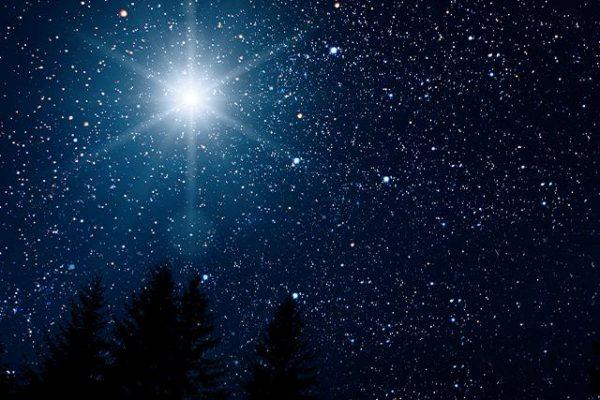 """La rara """"stella di Natale"""" appare il 21 dicembre: questo è ciò che dice l'astrologia sulla biblica """"Stella di Betlemme"""""""