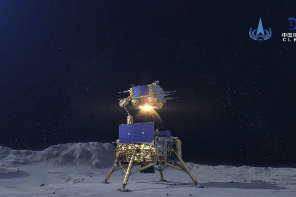 Una capsula cinese che ritorna sulla Terra carica di rocce lunari