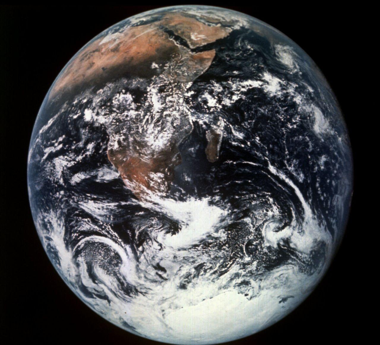 La Terra gira alla stessa velocità degli ultimi decenni;  Ecco come gli scienziati affrontano questo problema