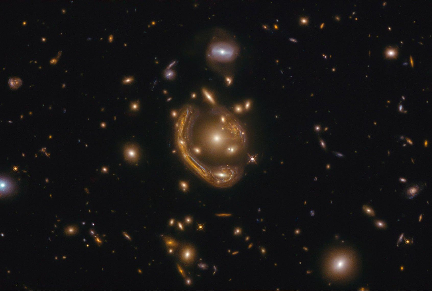 """Qual era l '""""anello fuso"""" che Hubble vide?"""